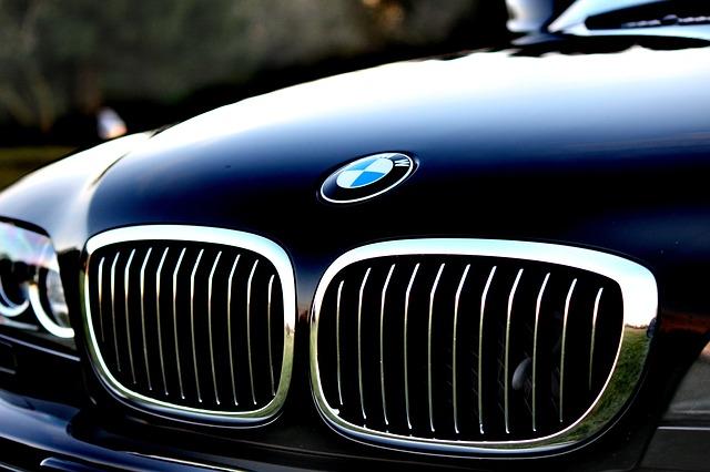 Jak wycenić wartość samochodu?